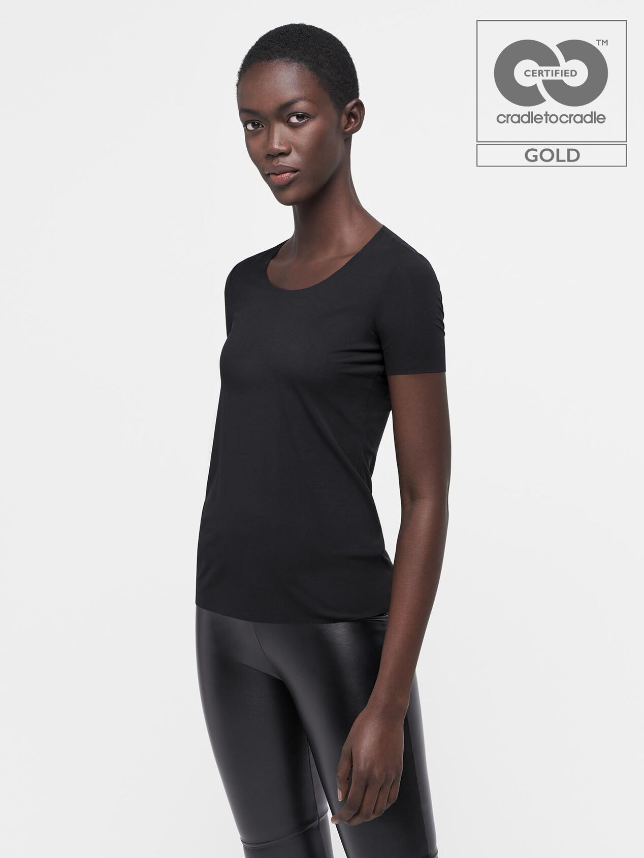 Wolford: Sava an Extra 40%