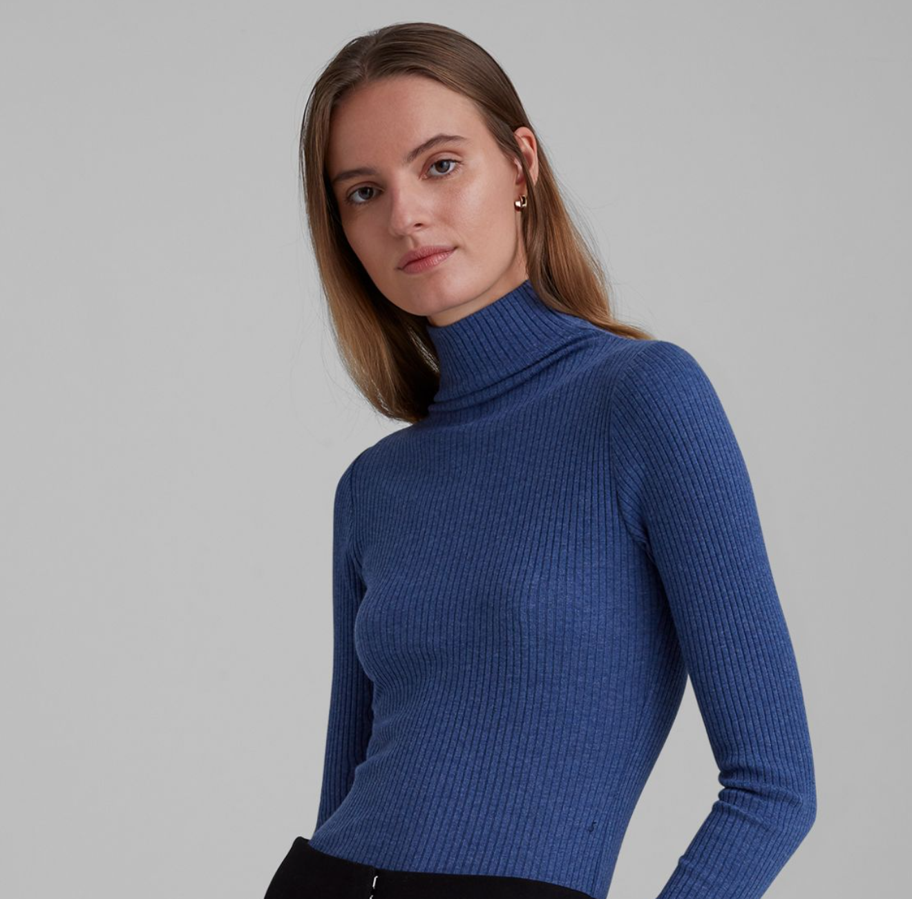 Club Monaco: Extra 15% Off Full-Priced Items from Fatcoupon