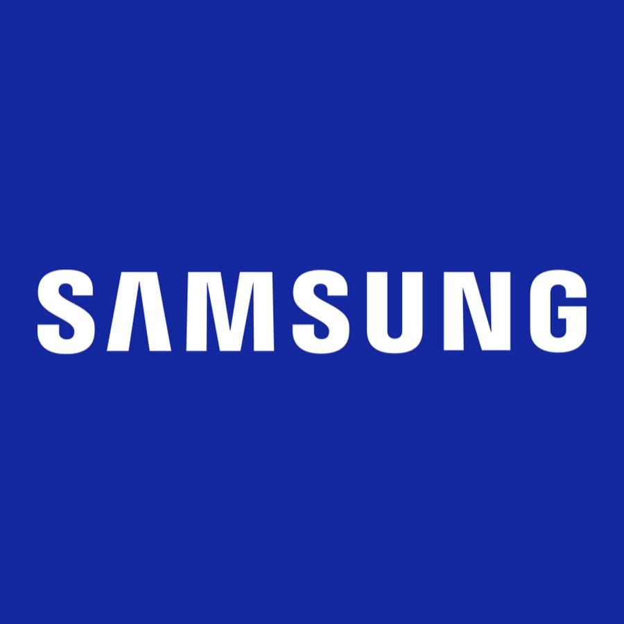 Samsung 29 cu ft Smart Bespoke Refrigerator - $2,356 w/EPP - Matte Black Steel and Navy Glass $2356