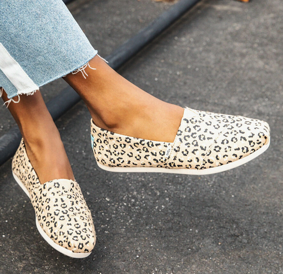 Toms Shoes Canada $20 off $100 or $30 off $125
