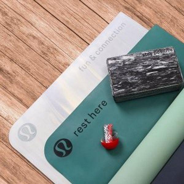 Lululemon Yoga Accessories