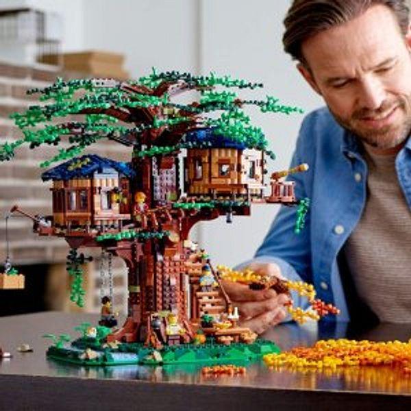 Amazon LEGO Tree House  21318