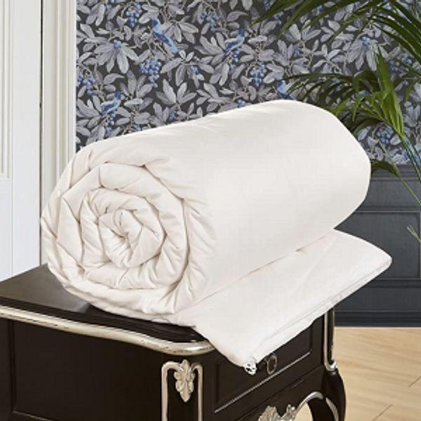 LilySilk All Season Luxury Silk Comforter on Sale @Amazon