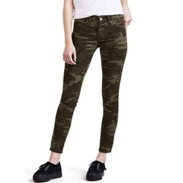 Levi's Women's 711 Skinny Ankle Jeans (Standard and Plus)