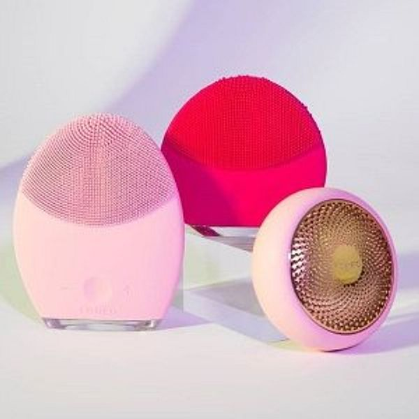 Saks OFF 5TH Foreo Beauty Tools Sale